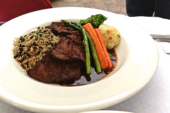Canada House Restaurant Whistler: Braised Boneless Short Rib: red wine reduction, succotash vegetable medley, grilled polenta