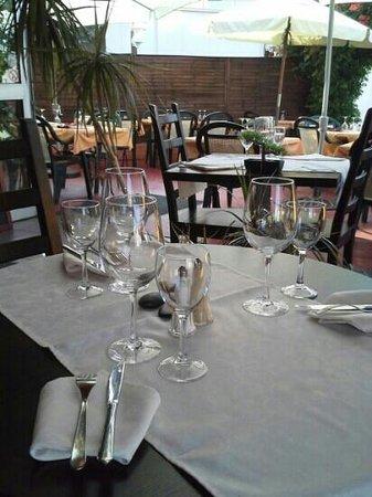 Aux Délices d'Alice : Apperçu du restaurant (Terrasse)