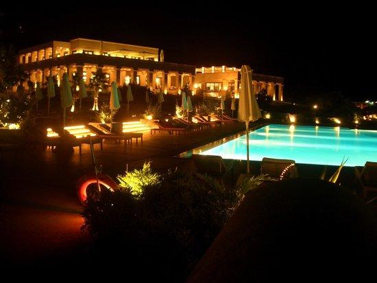Cape Sounio, Grecotel Exclusive Resort : Pool at night