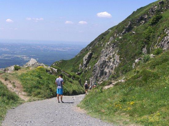 Parc naturel régional des Volcans d'Auvergne : Sur le chemin des Muletiers