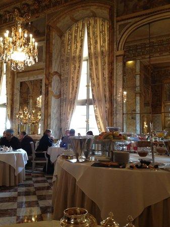Hôtel de Crillon, A Rosewood Hotel: pequeno almoço fantastico