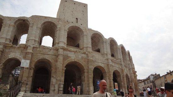 Le Petit Train Touristique d'Arles
