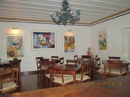 Pousada Do Mondego: área do salão café da manhã