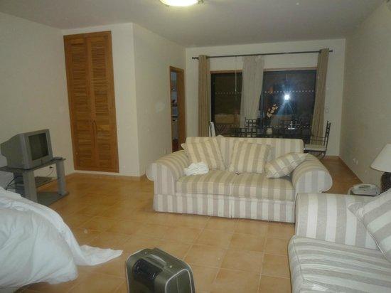 Estrela da Luz: Living room/ bedroom