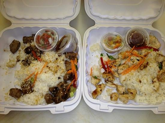 Irie's Island Food: Kahuku Chicken & Beef Plates....this is how they came (though it looks like they went 4 wheeling