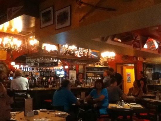 El bar picture of les freres de la cote quebec city - Les freres de la cote ...