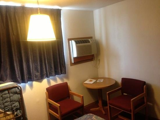 Super 8 Cortez/Mesa Verde Area: weird air conditioner and hanging lamp with shade that falls off when you hit your head on it.