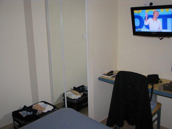 Marina di Lava : Hotel - particolare camera
