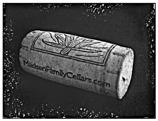 Madsen Family Cellars: cork