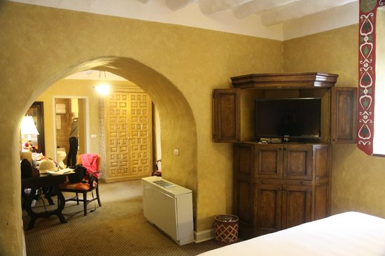 Belmond Hotel Monasterio: Suite-view from bed