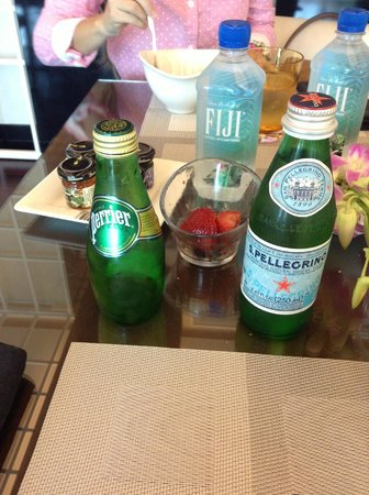 Hotel Beaux Arts Miami: Great selection of waters