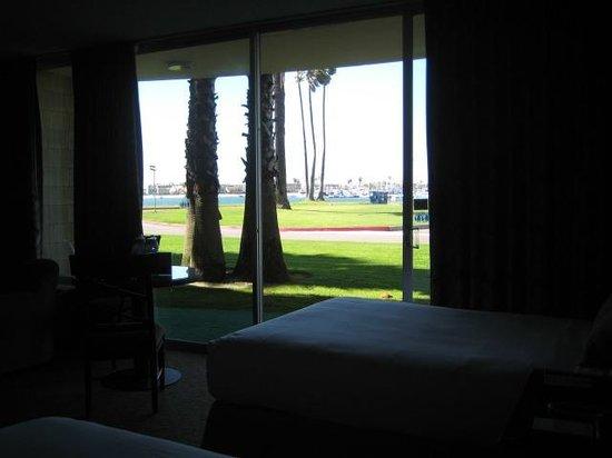 Bahia Resort Hotel: looking towards Mission Bay