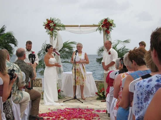 Negril Escape Resort & Spa: Our ceremony