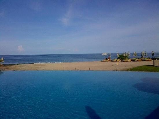 JW Marriott Guanacaste Resort & Spa: View from pool.