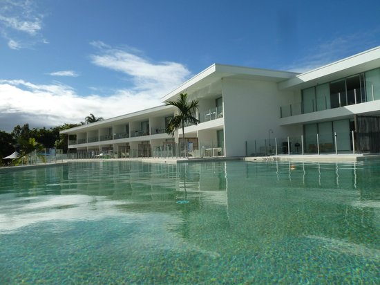 Pool Resort Port Douglas : Alternate view Apartment 45 (palm tree)