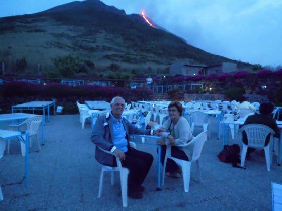 Osservatorio: Vista do Vulão Stromboli em pouca distância