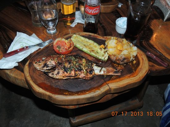 El Lagarto : Nice Grilled Red Snapper