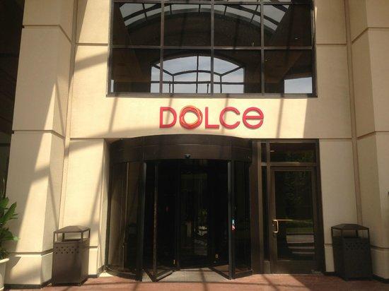 Dolce Basking Ridge: Front Entrance