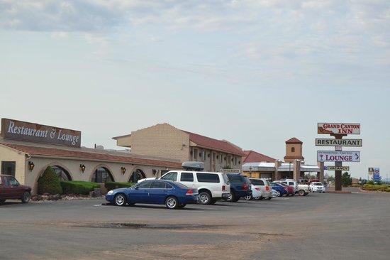 Grand Canyon Inn & Motel: Frente del hotel