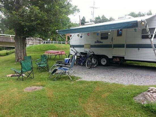 Camp Riverslanding: campsite 902