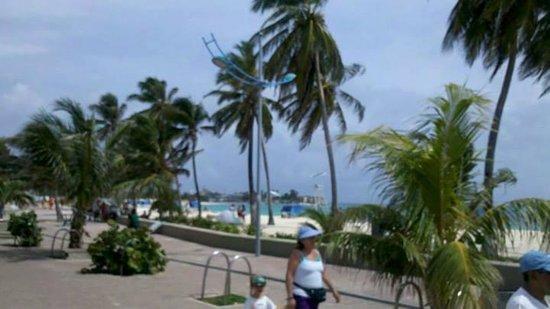 Portobelo Beach : na frente do Hotel