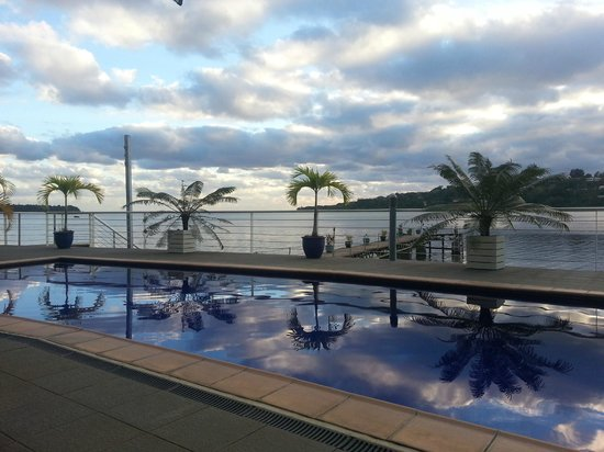 Chantilly's on the Bay: Pool area