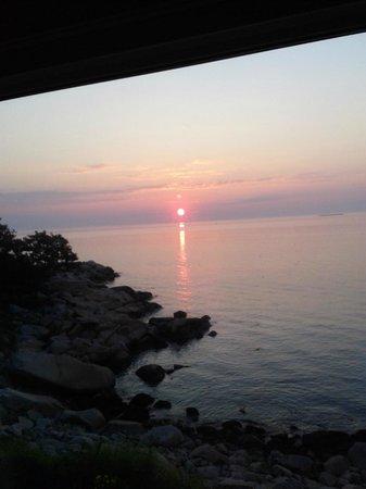 The Quarterdeck Inn by the Sea: Good Morning