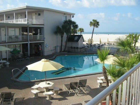 pool beach view picture of thunderbird beach resort. Black Bedroom Furniture Sets. Home Design Ideas