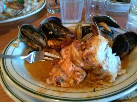 Cask and Schooner Public House & Restaurant: Brodetto