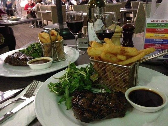 Yacht Club: Wonderful main meal of rump steak, battered chips and walnut salad