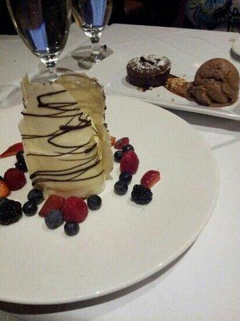 Besh Steakhouse at Harrah's: desert cake