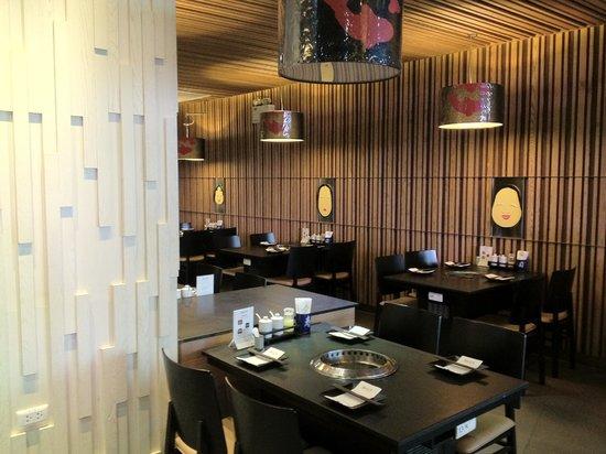 Gyu Ichi Yakiniku and Japanese Restaurant: Trendy interior
