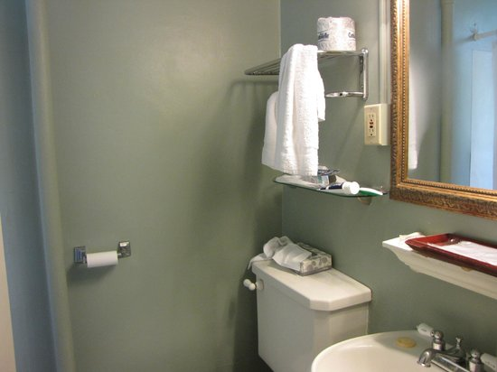 Inn at Queen Anne: Bathroom