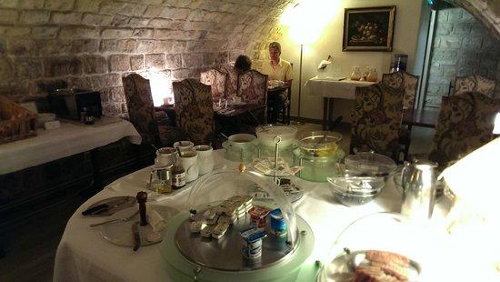 Best Western Jardin De Cluny: Breakfast room