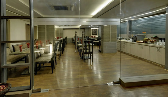 Hotel Tansha Comfort Regency: Amazing Vegetarian Restaurant - Indian Curry