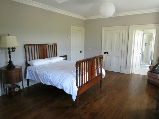 Coolefield House: My bedroom