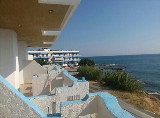 Arlen Beach Hotel : room view