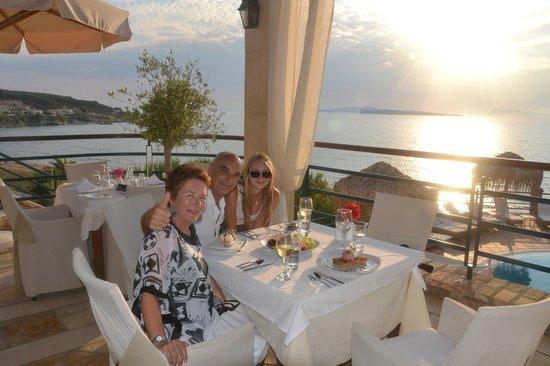 Delfino Blu Boutique Hotel: Abendessen im Delfino Blu inkluse Sonnenuntergang