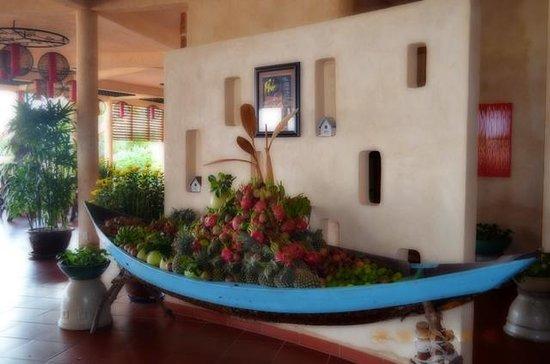 Melon Resort: fruit boat