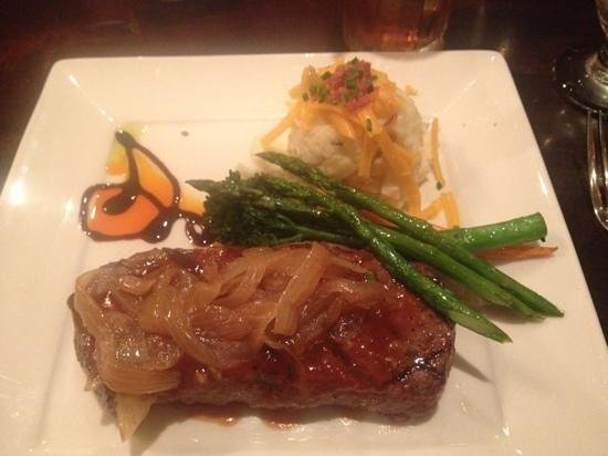 Dinner at the Deadwood Grille