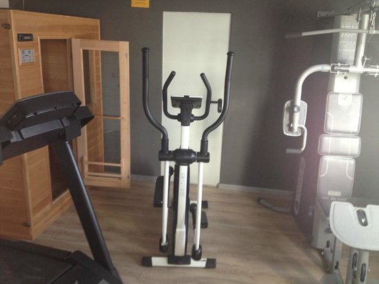 Hotel Bed4u Pamplona: Gym