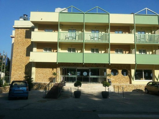Ariti Grand Hotel: Entrata Hotel