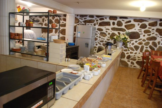 Munay Tika Hotel: Breakfast bar