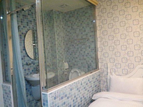 Dream House B&B : 1 queen bedroom