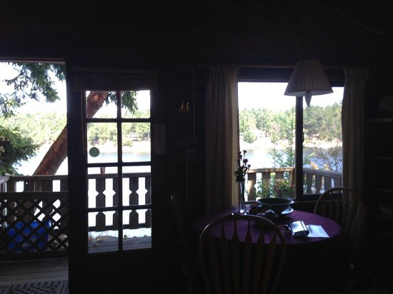 Spindrift Oceanfront Cottages : from the kitchen