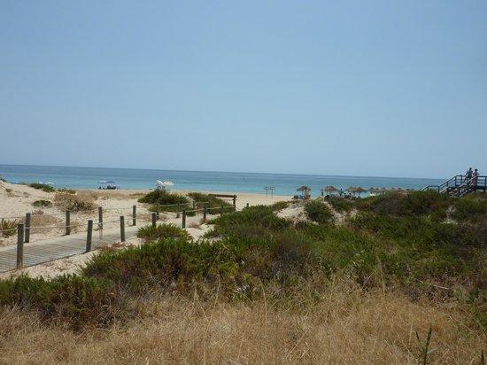 Conrad Algarve: Beach less than 10 minutes from hotel