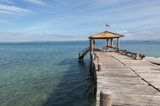 Koh Talu Island Resort: The Pier