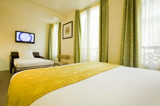 Holiday Inn Paris Opera-Grands Boulevards: Triple Room