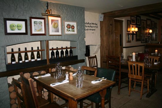 The Gardeners Arms: Cosy inside