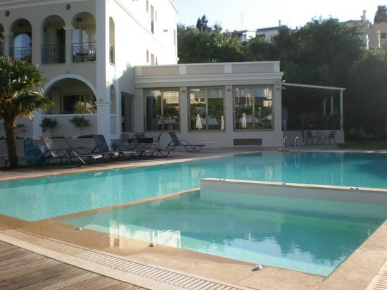 Swimming pool picture of corfu mare boutique hotel for Garten pool korfu 1